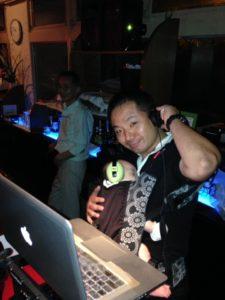 DJ ニーダ