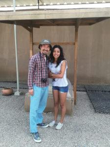 ペルーで「一緒に撮影を!」と頼まれて社員に映る長野教授